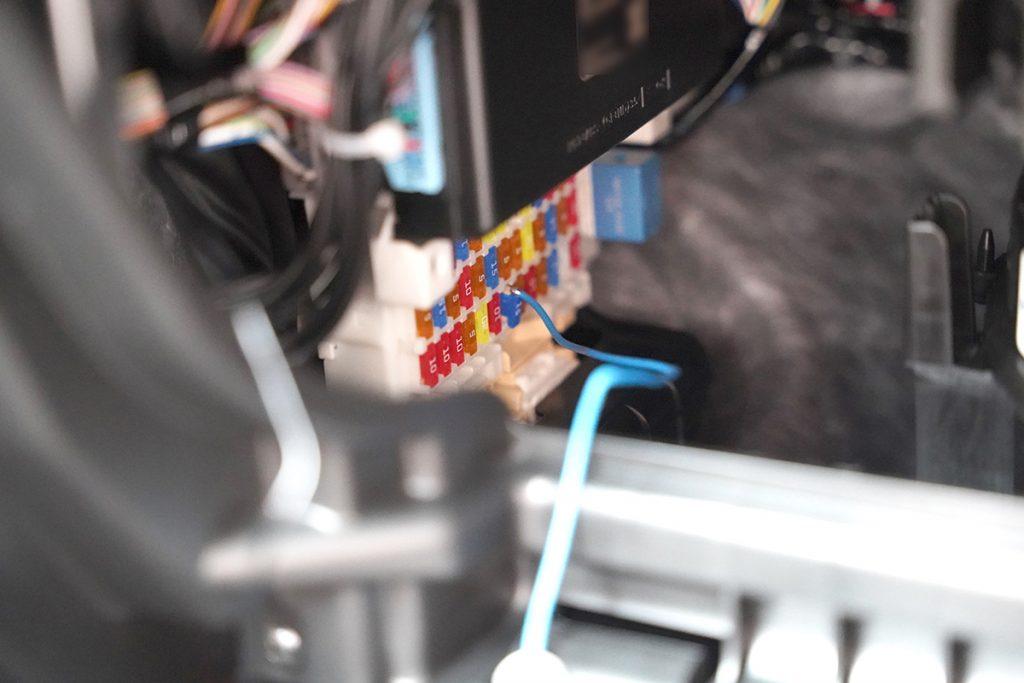 スズキ スイフトスポーツ ZC33S オレンジ ドライブレコーダー取り付け(ヒューズボックス電源取り出し)